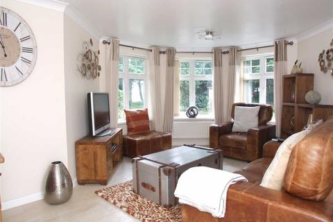 3 bedroom flat for sale - St. Marys Close, Hessle, East Yorkshire, HU13