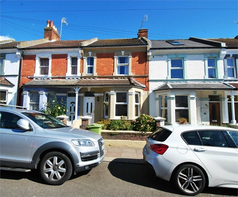 3 Bedrooms Terraced House for sale in Windsor Road, BEXHILL-ON-SEA, East Sussex