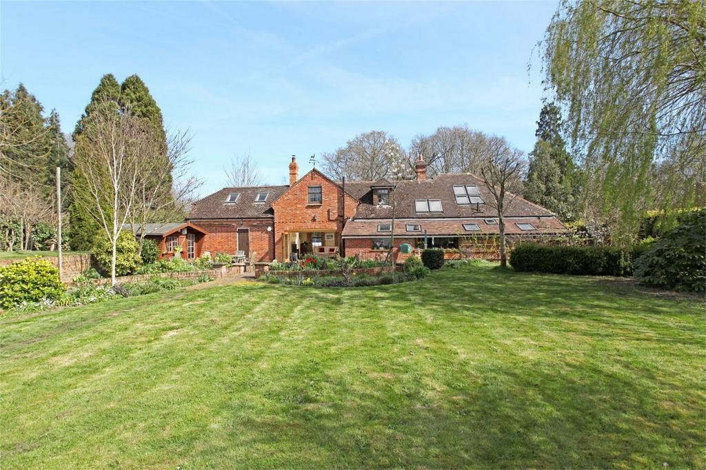 4 Bedrooms Detached House for sale in Oakhanger, Hampshire