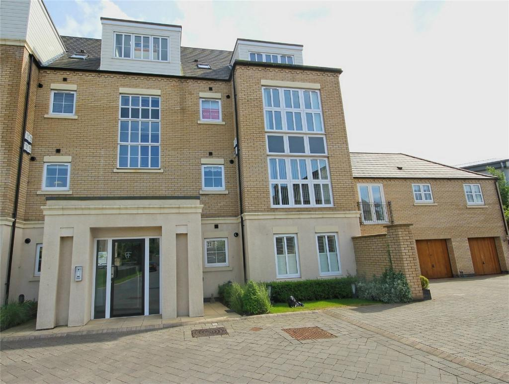 2 Bedrooms Flat for sale in St Georges Court, Willerby, Hull, East Riding of Yorkshire