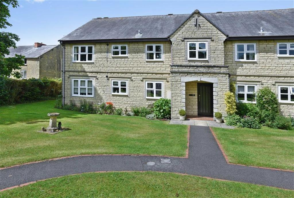 3 Bedrooms Flat for sale in Shepard Way, Chipping Norton, Oxfordshire