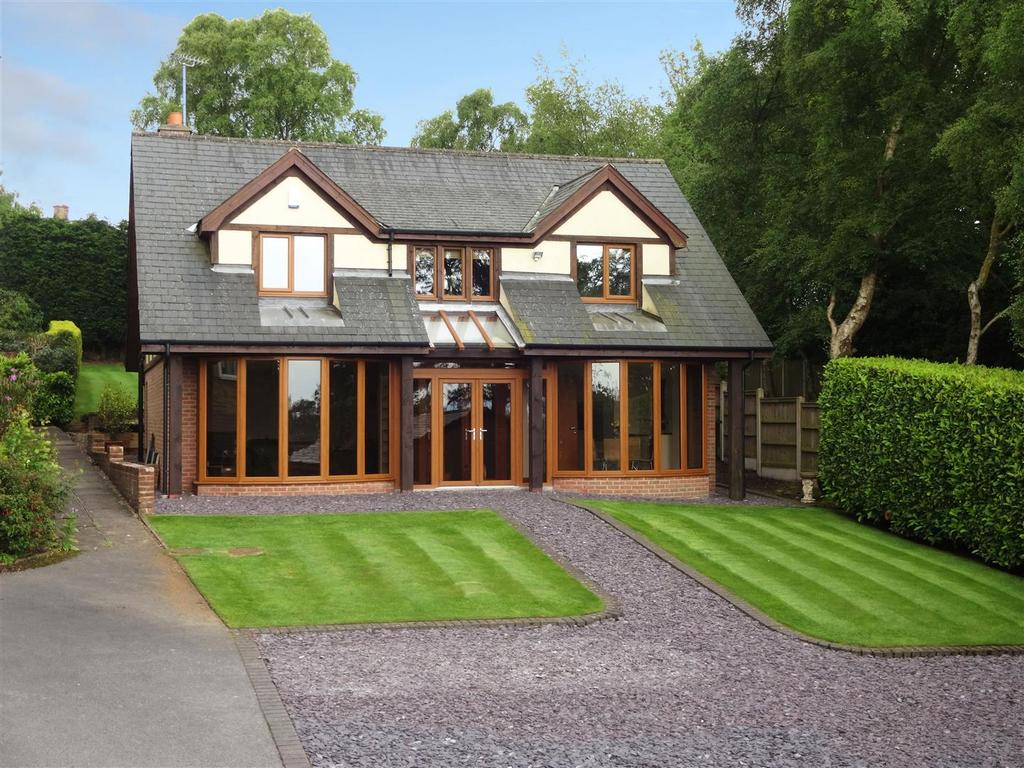 4 Bedrooms Detached House for sale in Hillcrest Rise, Cookridge