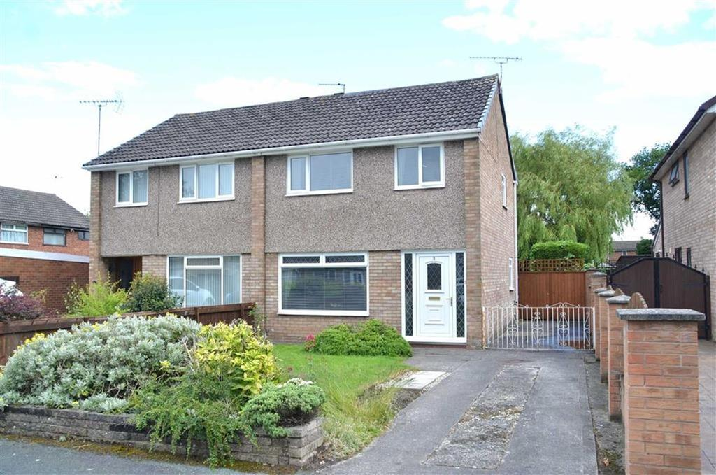 3 Bedrooms Semi Detached House for sale in Overpool Gardens, Great Sutton, CH66