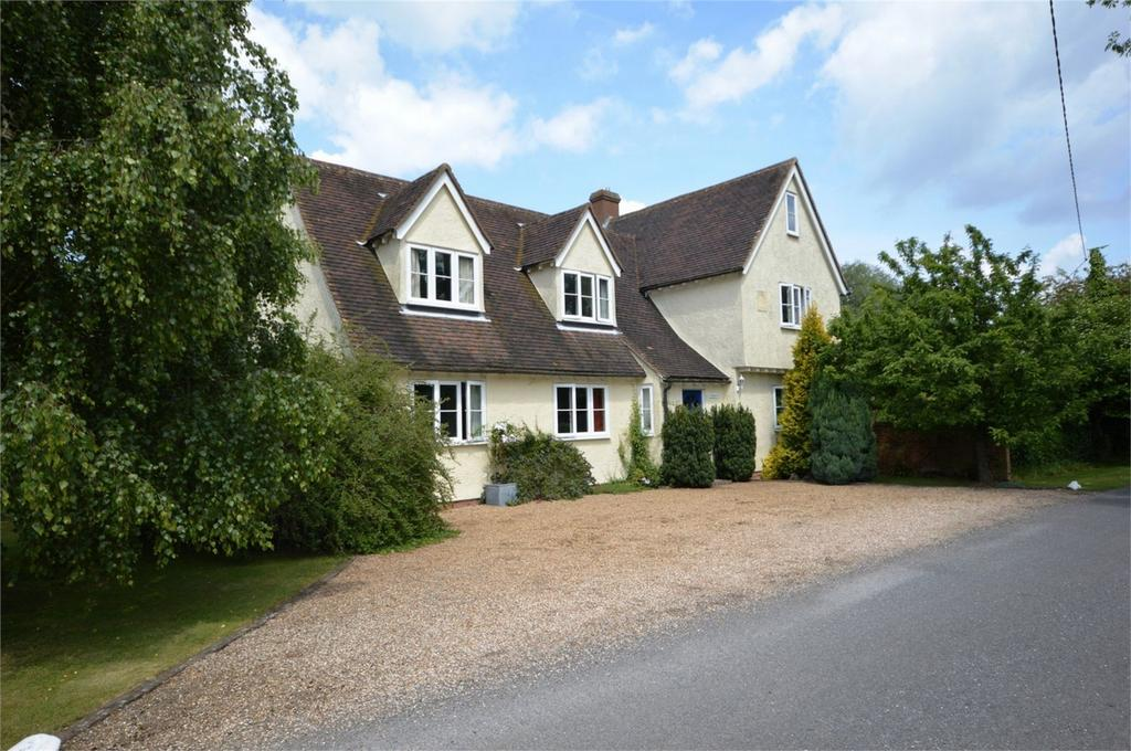 5 Bedrooms Detached House for sale in Ropers, Cock Green, Felsted
