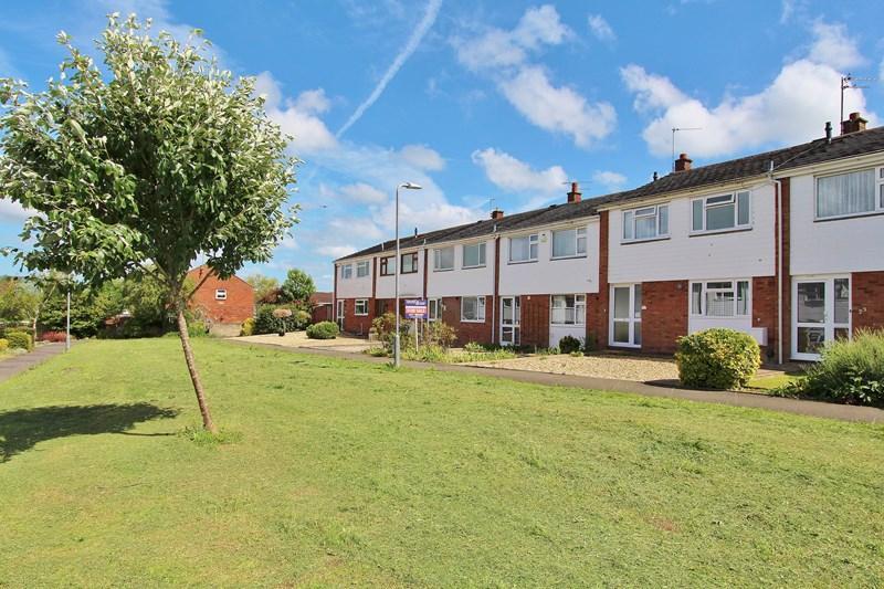 3 Bedrooms Terraced House for sale in Walden Road, Keynsham, Bristol