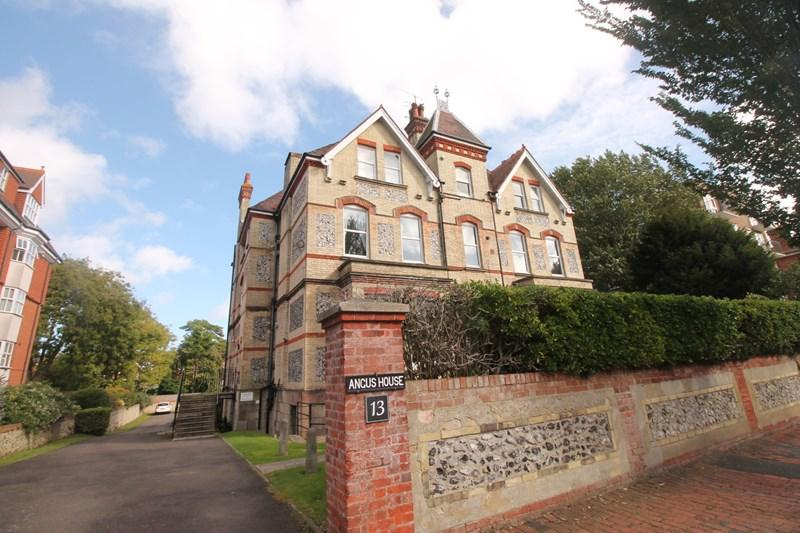 2 Bedrooms Apartment Flat for sale in Granville Road, Eastbourne