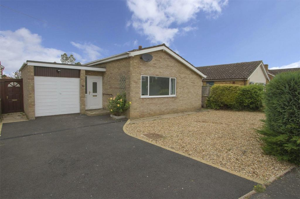 2 Bedrooms Detached Bungalow for sale in Rye Lane, Attleborough, Norfolk
