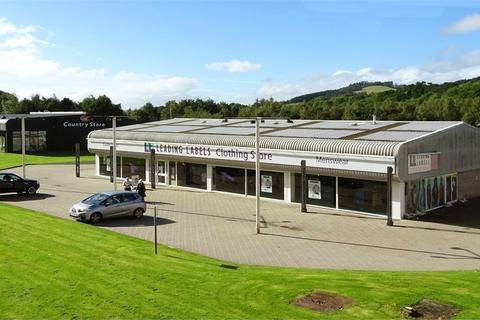 Property to rent - RETAIL WAREHOUSE/ TRADE COUNTER UNIT, Selkirk Retail Park, Dunsdalehaugh, Selkirk, Scottish Borders
