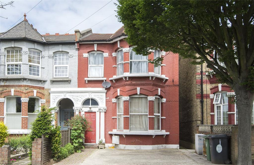 4 Bedrooms Semi Detached House for sale in Chadwick Road, London, E11