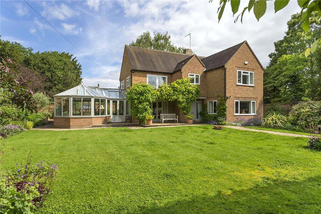 4 Bedrooms Detached House for sale in East Street, Moreton-In-Marsh, Gloucestershire, GL56