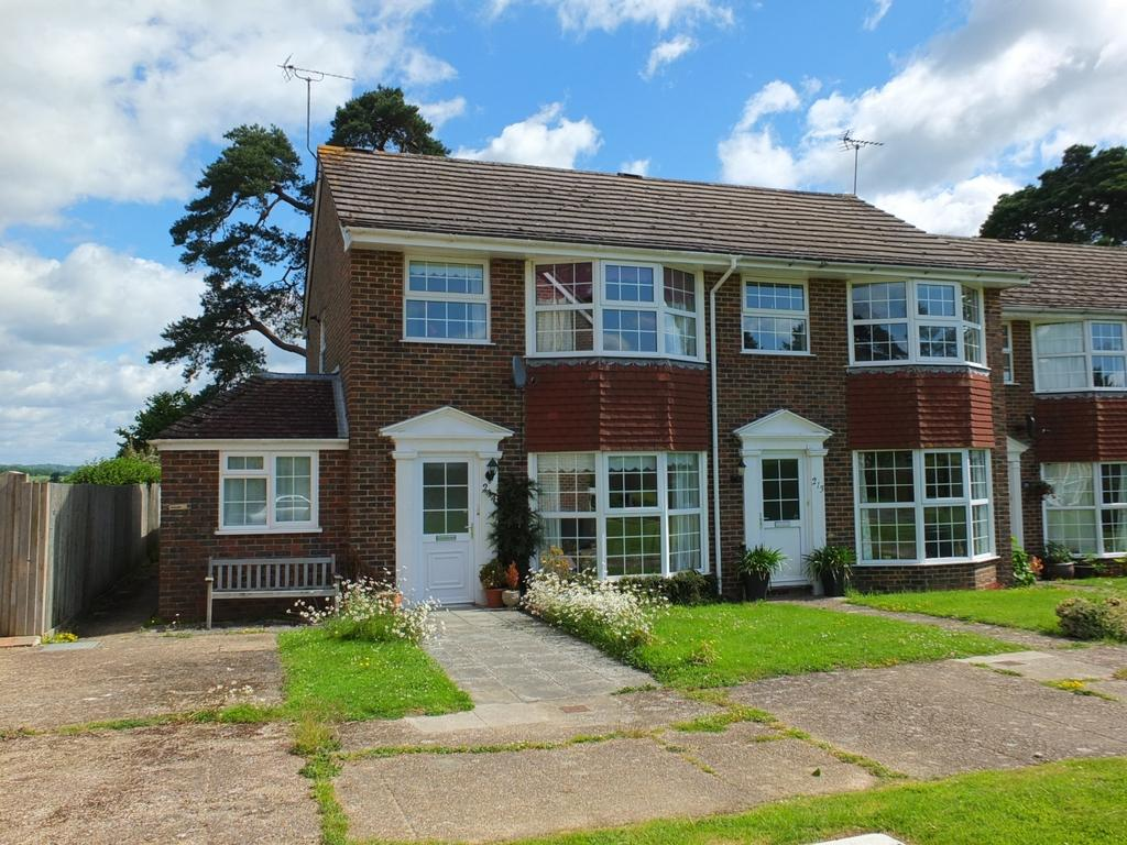 3 Bedrooms House for sale in The Welkin, Lindfield, RH16
