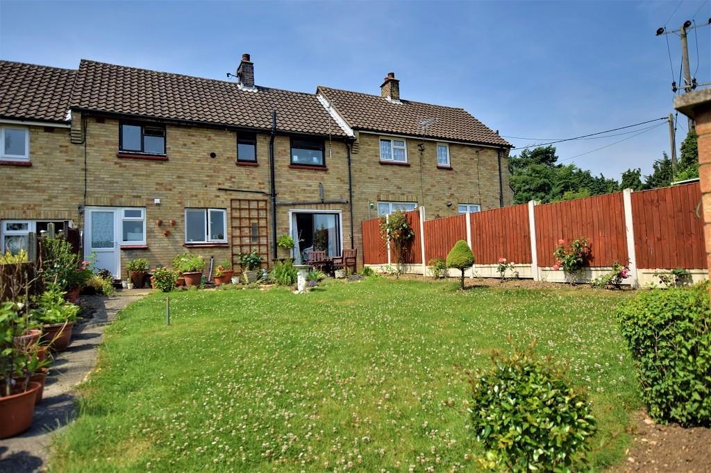 3 Bedrooms Terraced House for sale in Bran End Fields, Stebbing