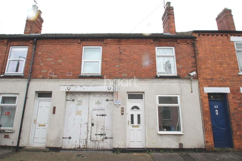 3 Bedrooms Terraced House for sale in Albany Street, Lincoln, LN1 3JD