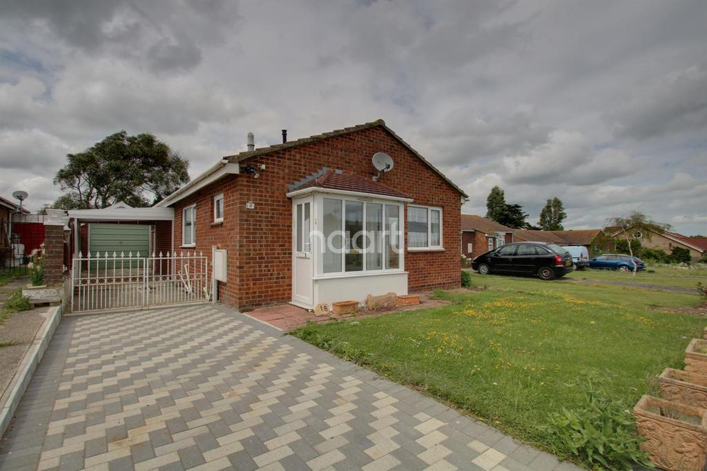 2 Bedrooms Bungalow for sale in Shurland Avenue, Leysdown-on-Sea
