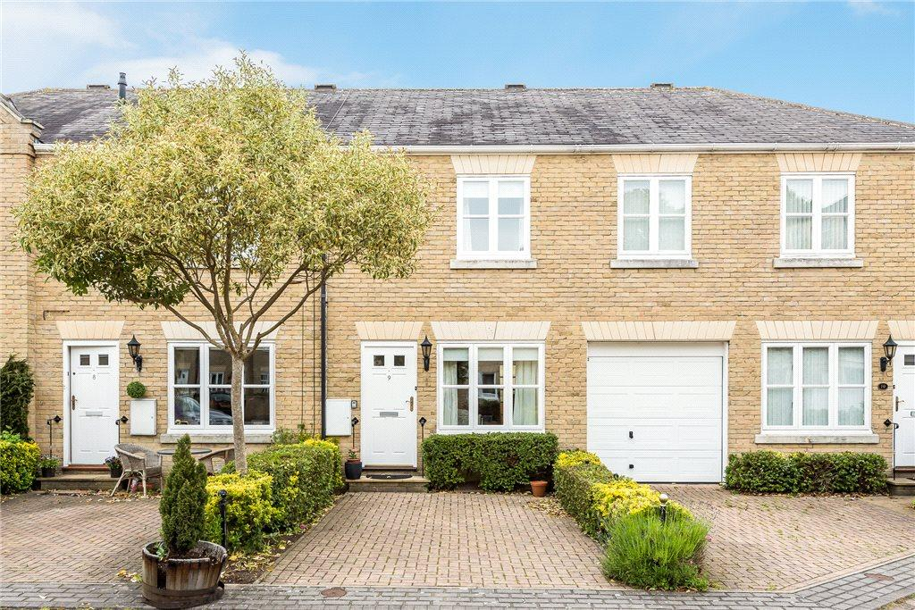 2 Bedrooms Terraced House for sale in Spa Mews, Boston Spa, Wetherby, West Yorkshire