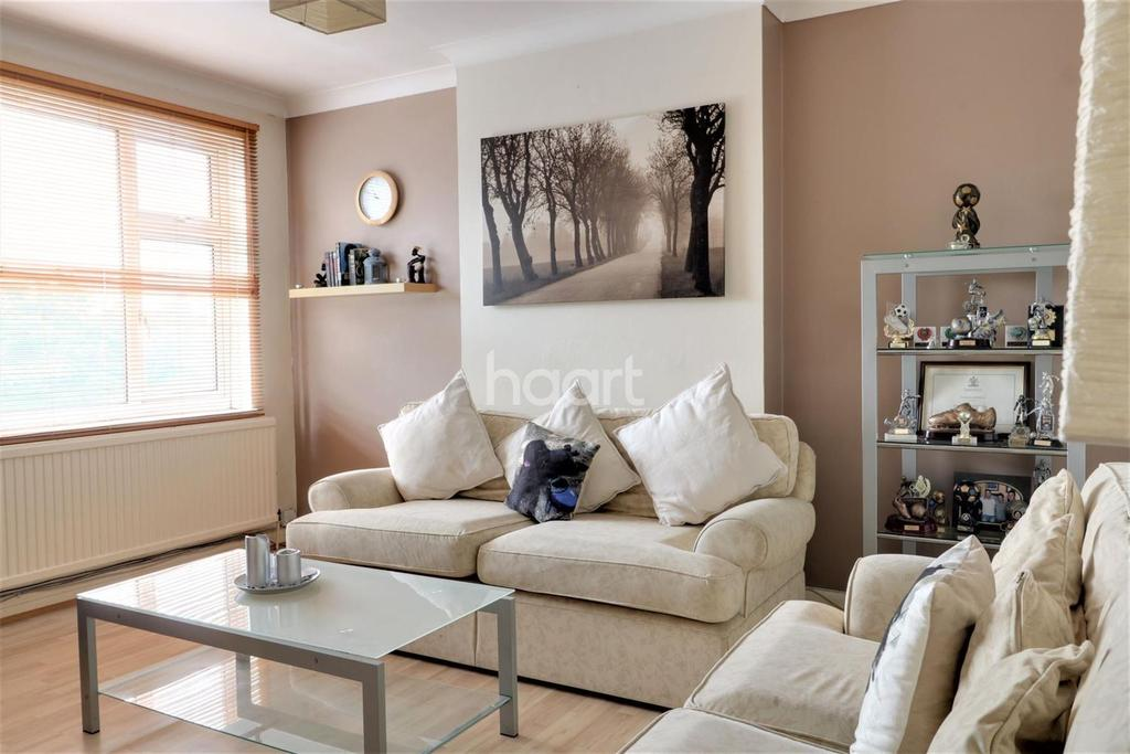 2 Bedrooms Flat for sale in Kingsbury Road, London NW9