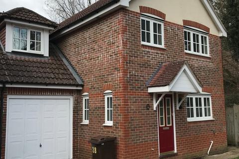 4 bedroom detached house to rent - Staplehurst, Kent