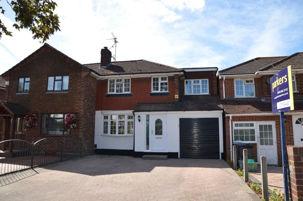 3 Bedrooms Semi Detached House for sale in Cotswold Way, Tilehurst, Reading, Berkshire, RG31