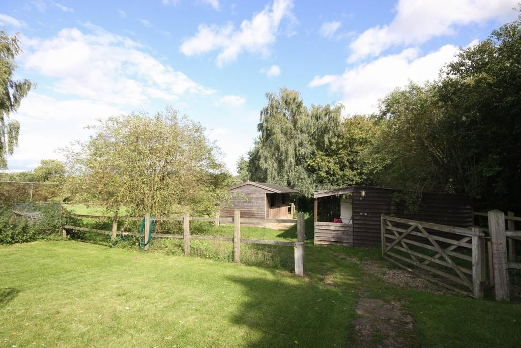 5 Bedrooms Semi Detached House for sale in Hare Street, Buntingford