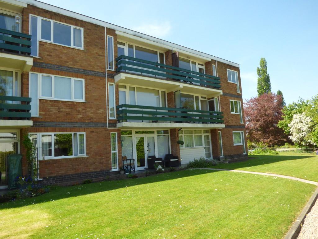 2 Bedrooms Apartment Flat for sale in Dark Lane, Tiddington, Stratford-Upon-Avon