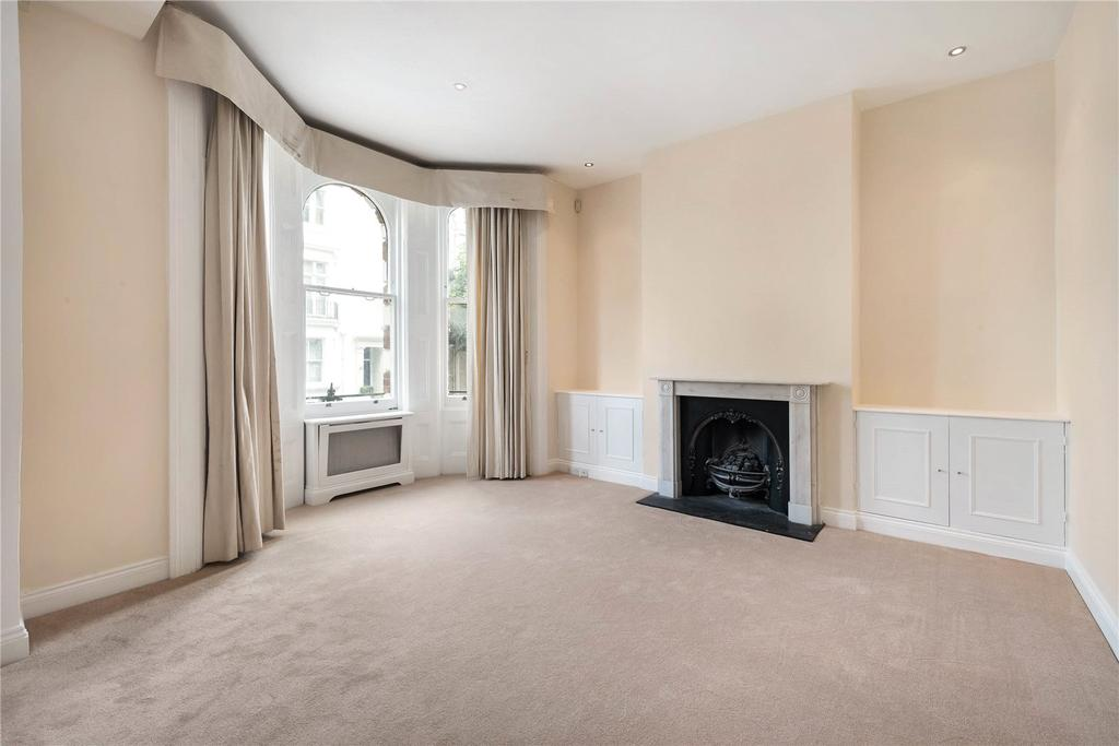 3 Bedrooms Flat for sale in Hornton Street, Kensington, London