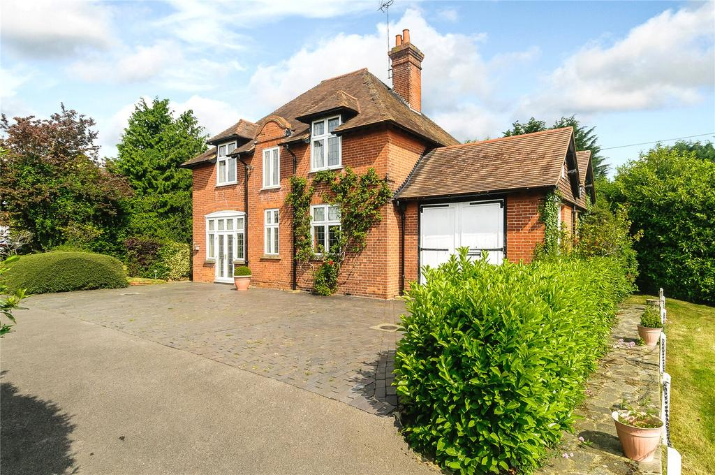 3 Bedrooms Detached House for sale in Forest Road, Warfield, Berkshire
