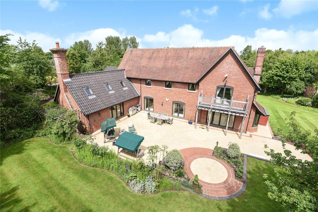 5 Bedrooms Detached House for sale in Norton Road, Tostock, Bury St Edmunds, Suffolk, IP30