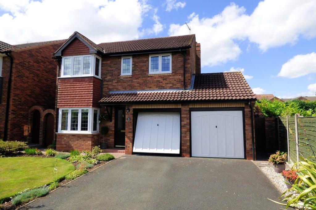 4 Bedrooms Detached House for sale in Blounts Drive, Uttoxeter