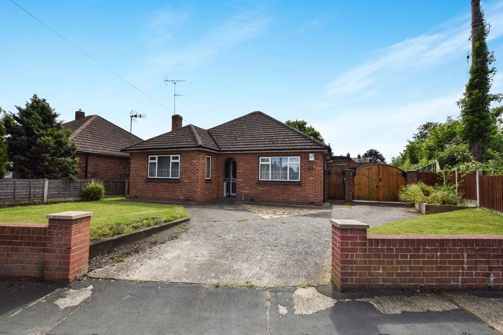3 Bedrooms Detached Bungalow for sale in St. Johns Road, Colchester