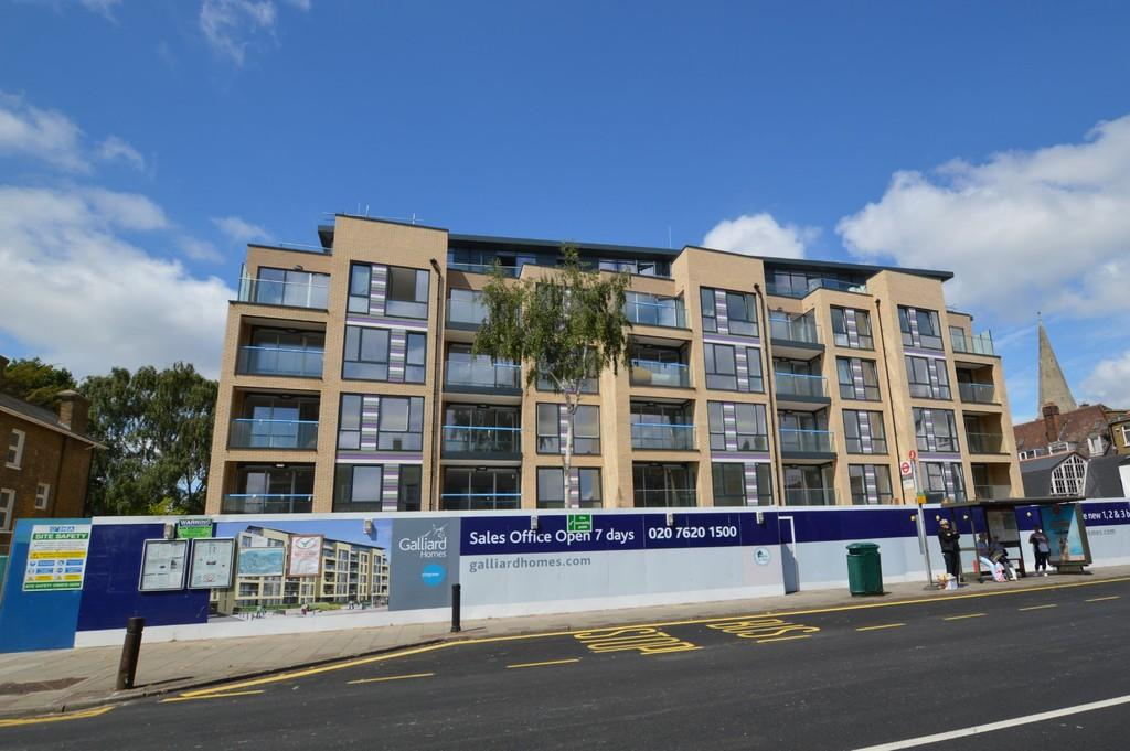 1 Bedroom Apartment Flat for sale in Grove Place, Eltham SE9