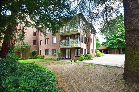 3 bedroom apartment to rent - Chesterford House, Southacre Drive, Cambridge, Cambridgeshire, CB2