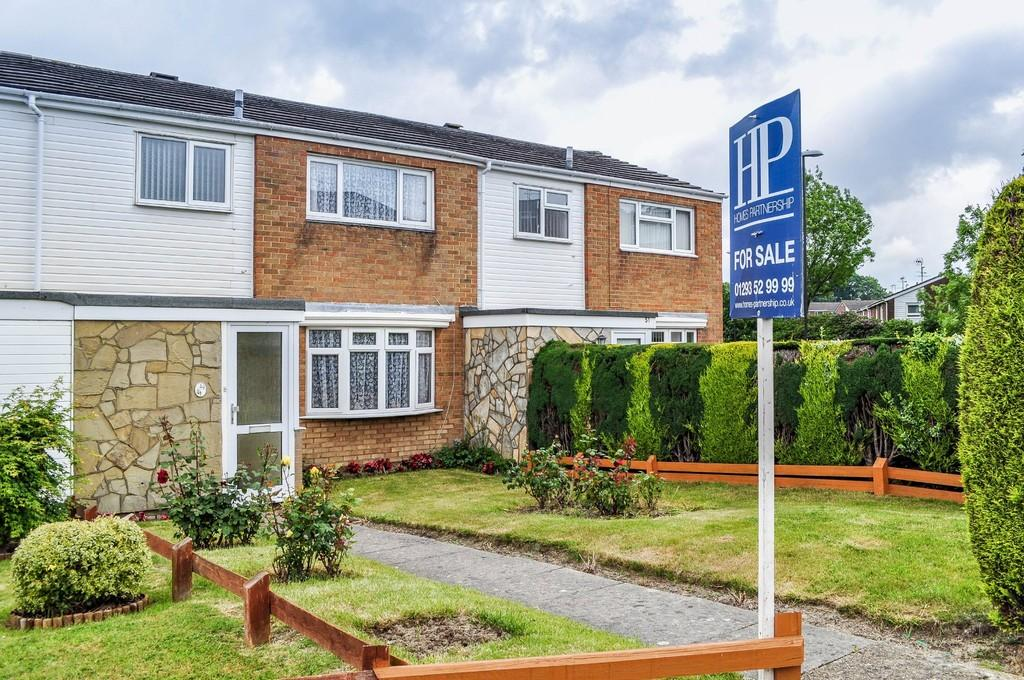 3 Bedrooms Terraced House for sale in Dovedale Crescent, Southgate West