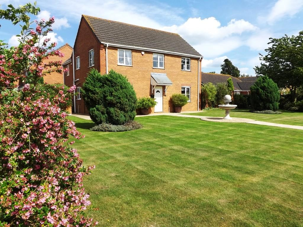4 Bedrooms Detached House for sale in Whaplode