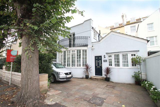 3 Bedrooms Detached House for sale in Seafield Road, Hove