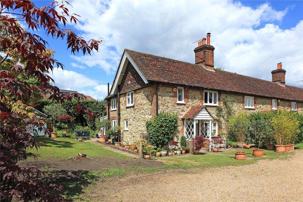 2 Bedrooms Semi Detached House for sale in Weald Road, Sevenoaks, Kent, TN13