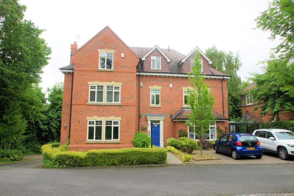 2 Bedrooms Penthouse Flat for sale in Kenelm Road, Sutton Coldfield