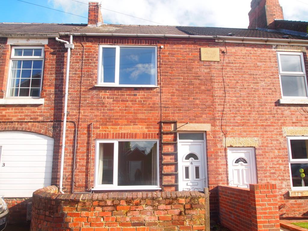 2 Bedrooms Terraced House for sale in Thomas Street, Kiveton Park