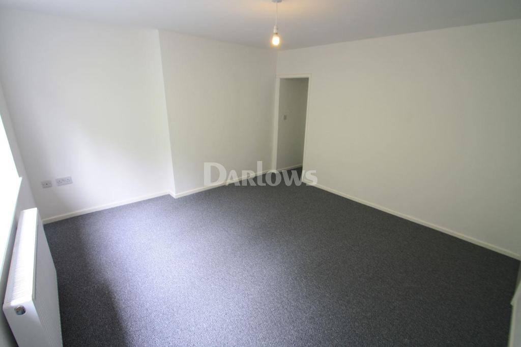 3 Bedrooms End Of Terrace House for sale in King Street, Nantyglo, Gwent