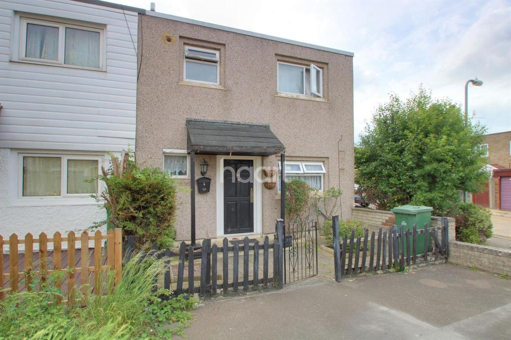 3 Bedrooms Terraced House for sale in Oldwyk, Basildon