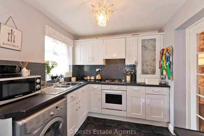 2 Bedrooms Terraced House for sale in Halton Road, Runcorn
