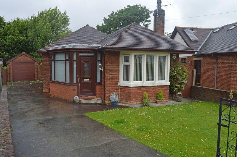2 Bedrooms Detached Bungalow for sale in Hodder Way, Poulton-Le-Fylde