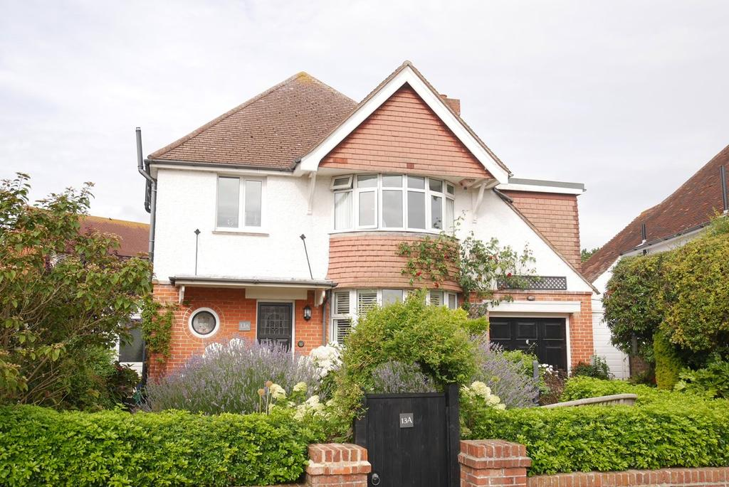 4 Bedrooms Detached House for sale in Milton Crescent, Old Town, Eastbourne, BN21