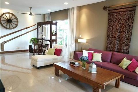4 bedroom block of apartments  - Jalan Kiara 2, Mont Kiara, Kuala Lumpur