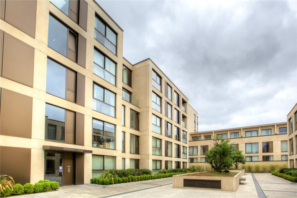 2 Bedrooms Flat for sale in Parkside Place, Parkside, Cambridge, CB1