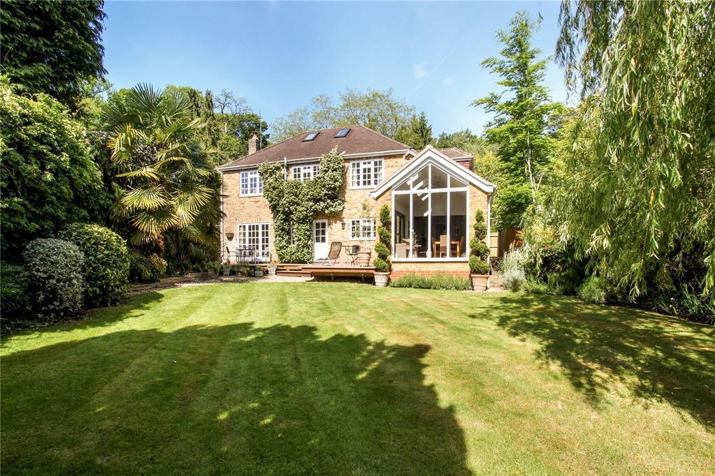4 Bedrooms Detached House for sale in Station Road, Sunningdale, Berkshire, SL5