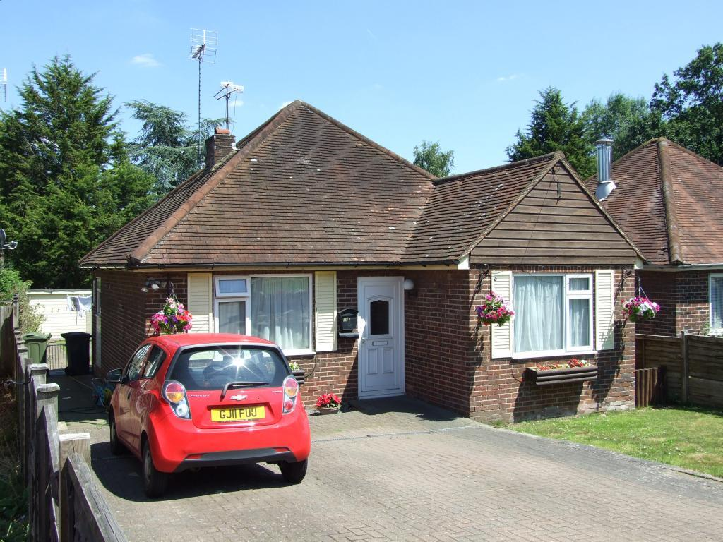 4 Bedrooms Bungalow for sale in Send