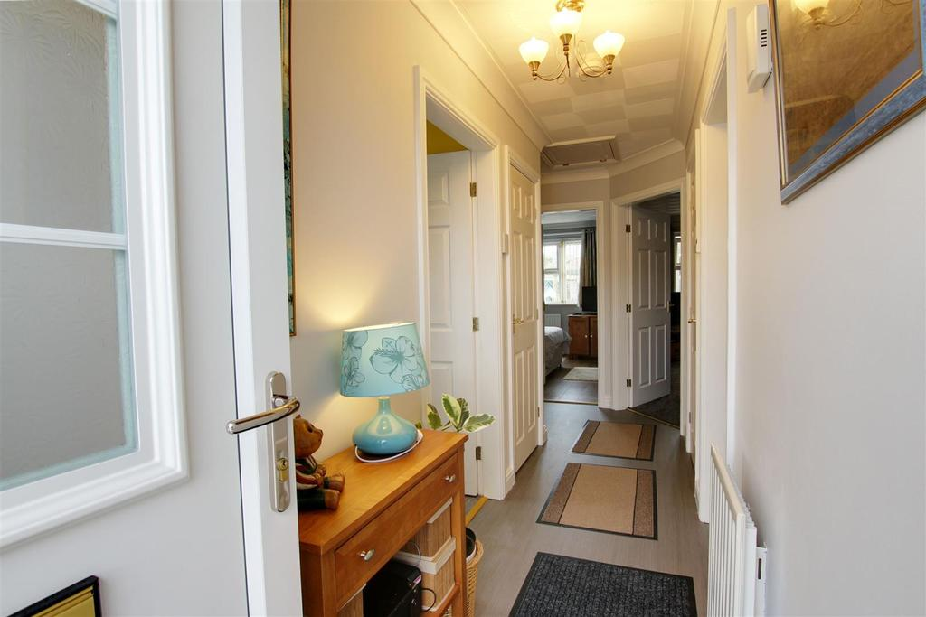 2 Bedrooms Detached Bungalow for sale in 38 Mumby Meadows, Mumby, Alford