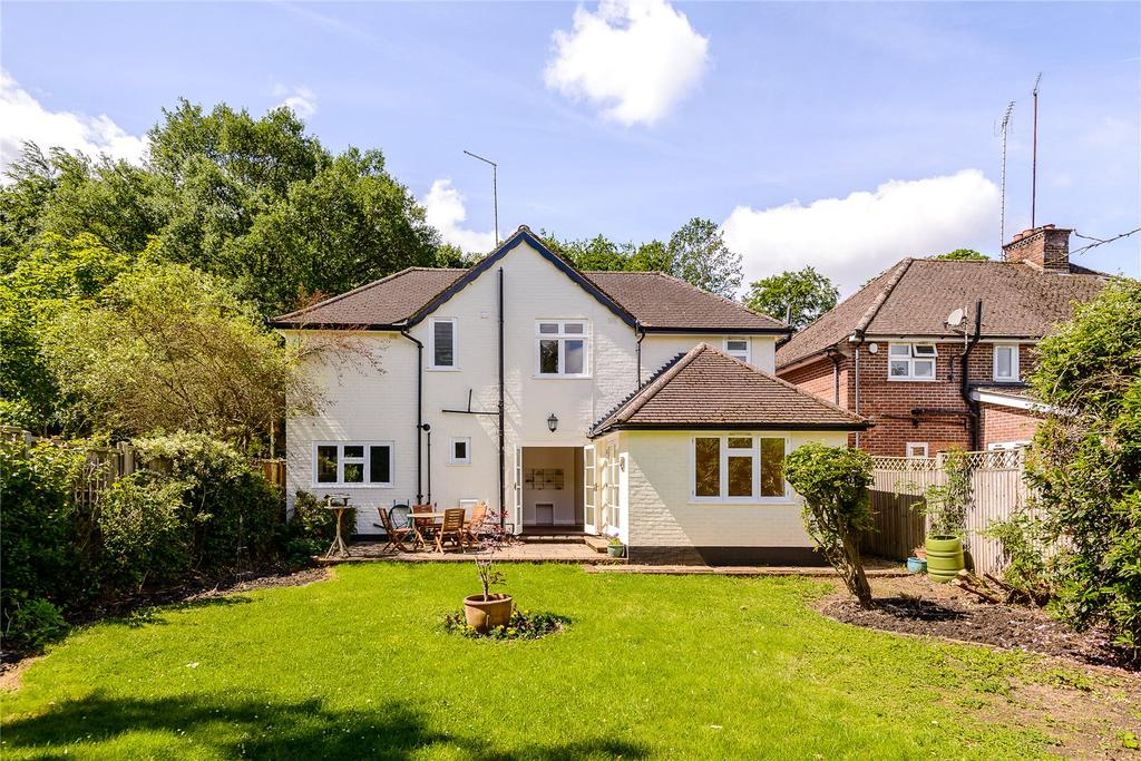 4 Bedrooms Detached House for sale in School Road, Windlesham, Surrey