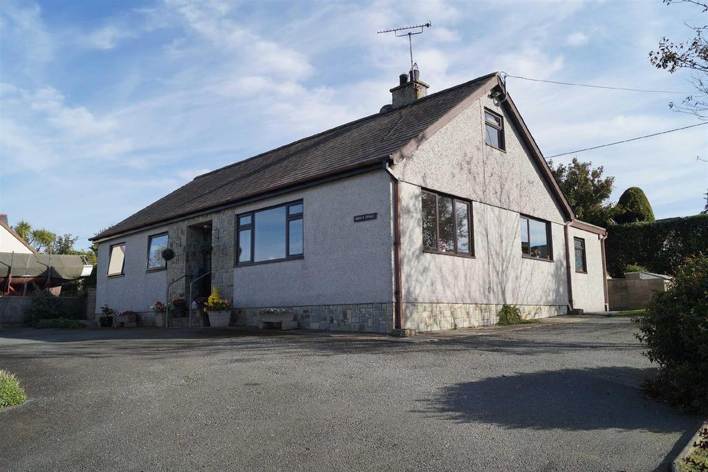 3 Bedrooms Detached Bungalow for sale in Lon Terfyn, Morfa Nefyn