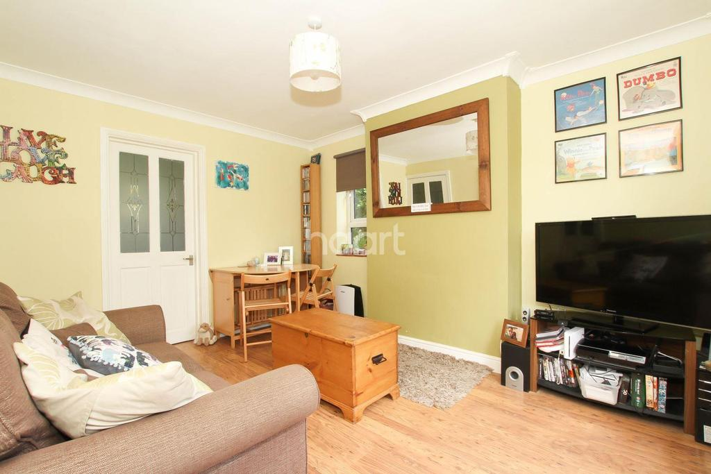 1 Bedroom Flat for sale in Sloansway